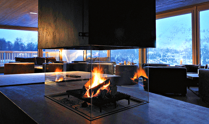 tmn_2015_5_nira-alpina-fireplace-lounge-M-02-r_1
