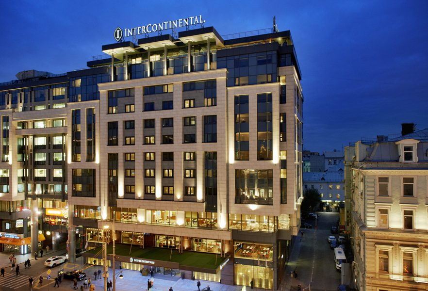 1.InterContinental Moscow Tverskaya_Fasade by night